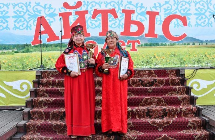 Альбина Курбижекова и Мария Кызласова