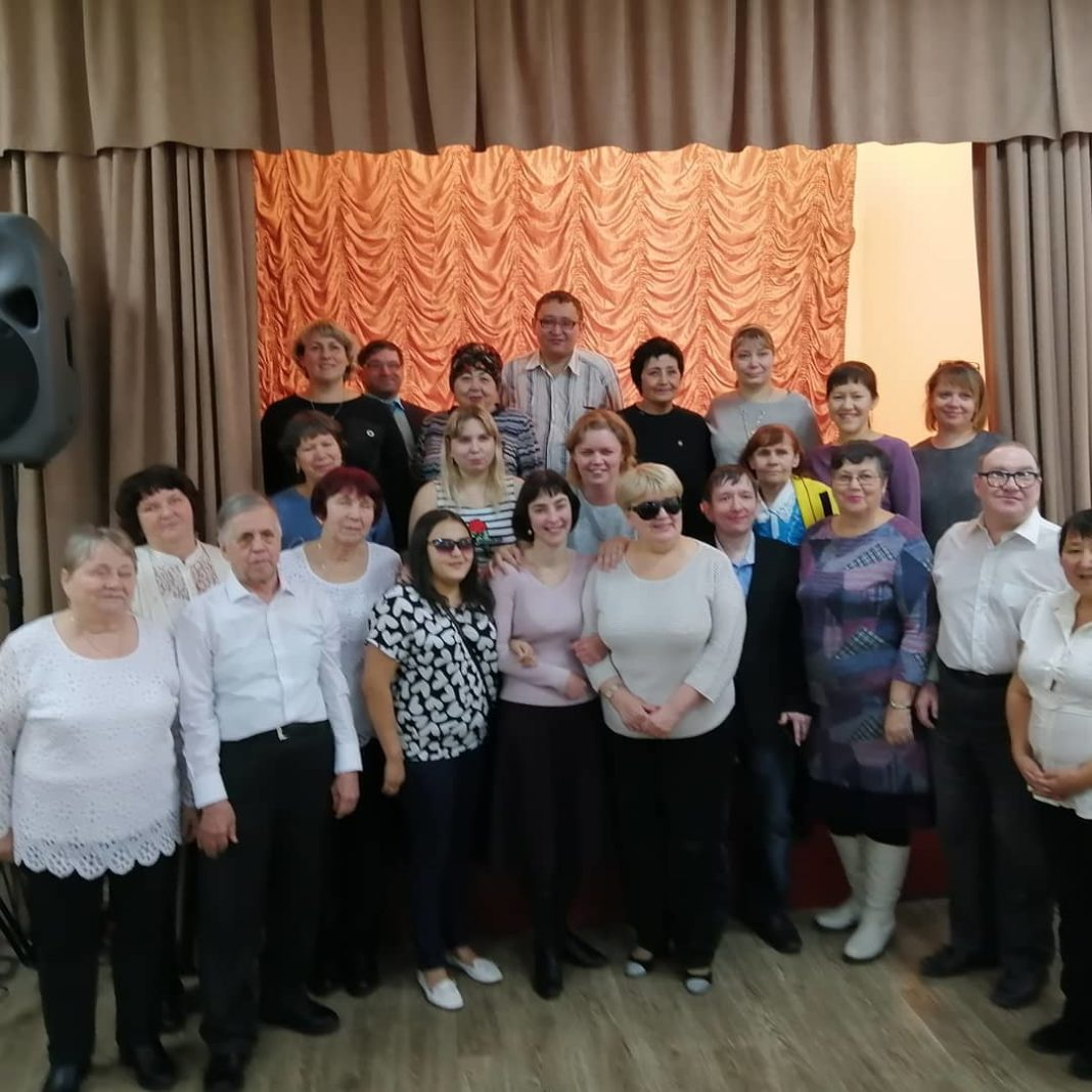 Участники Интеллектуально-правового фестиваля в Клубе инвалидов по зрению