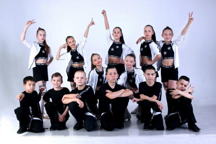 концерт образцового ансамбля бального танца «Тарина»